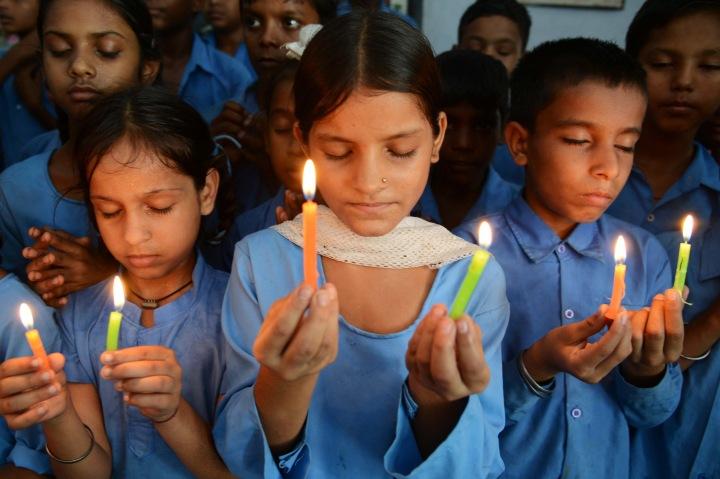 TOPSHOTS-INDIA-CHILDREN-SCHOOL-SOCIAL-FOOD